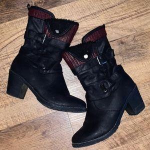 Cute Muk Luk Boots